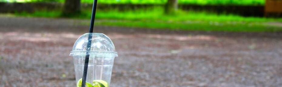 В Европе могут запретить пластиковую посуду