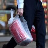 Запретят ли торговле упаковывать товар в полиэтиленовые пакеты?